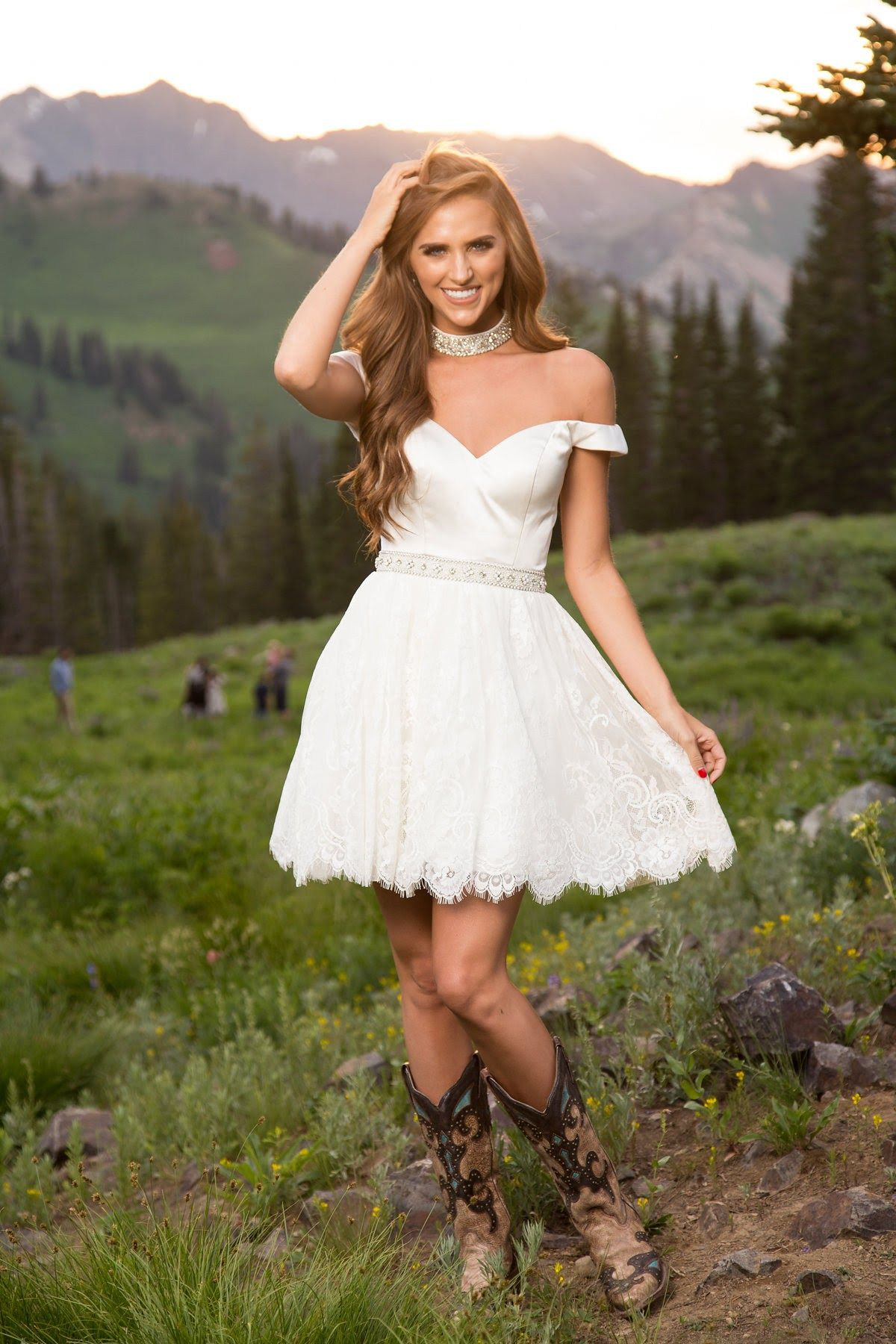 Sherri Hill White Short Lace Dress Off The Shoulder With Chocker And Cowboy Boots Ypsilon Dresses Prom White Lace Dress Short Short Lace Dress Cowgirl Dresses [ 1800 x 1200 Pixel ]
