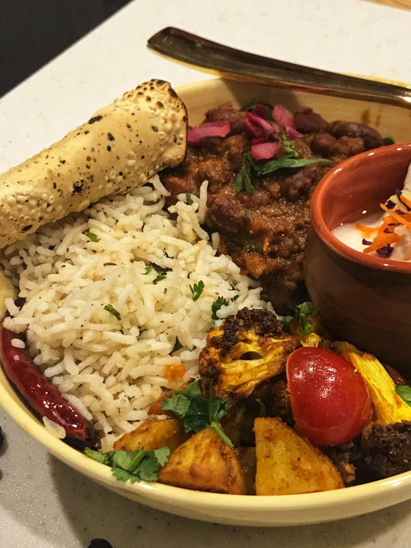 Instapot Rajma Masala Bowl With Crispy Airfryer Aloo Gobhi Jeera Rice Recipe Jeera Rice Instant Pot Recipes Extra Recipe