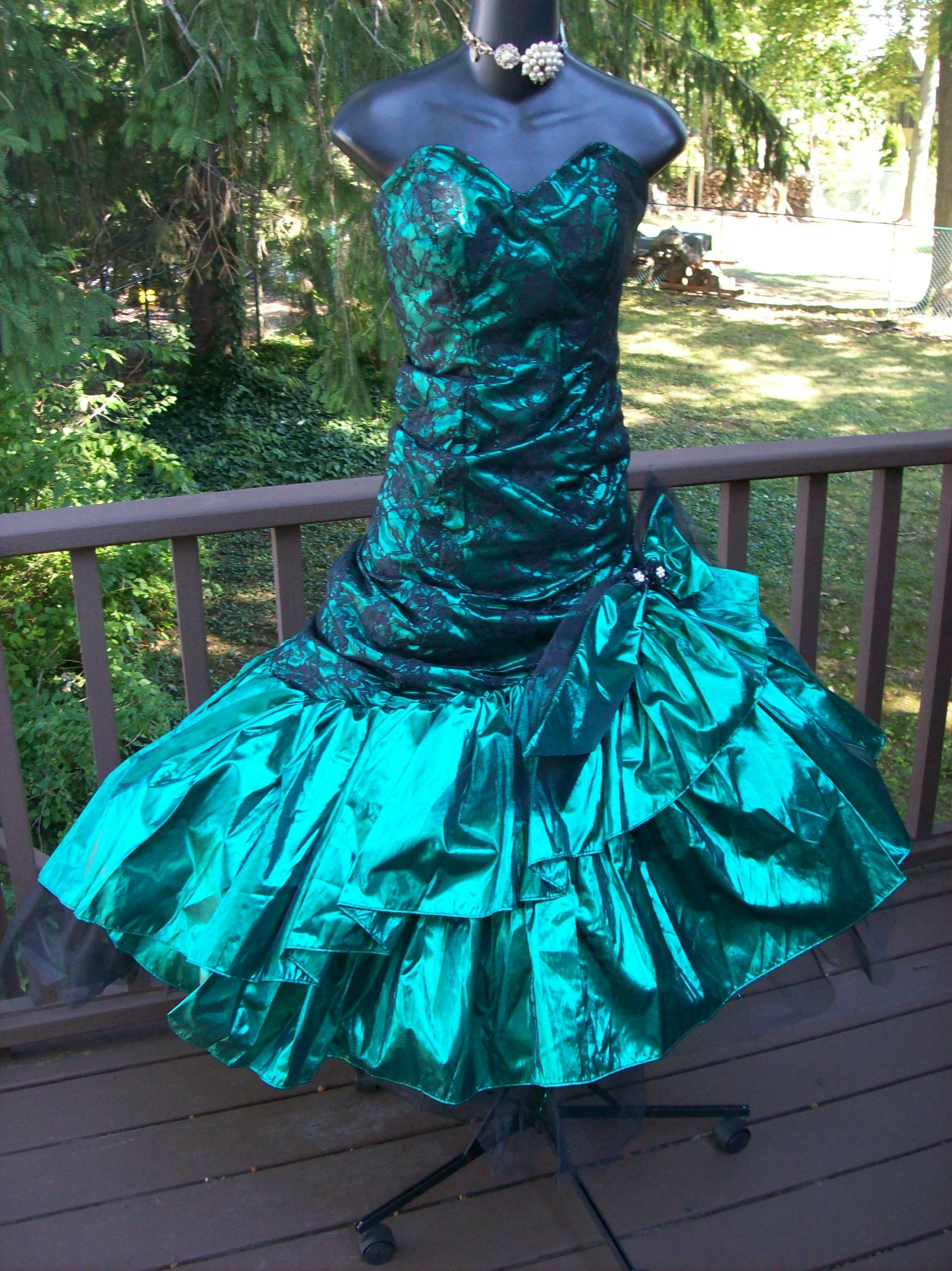 AUTHENTIC 80s PROM DRESS AVAILABLE NOW 9/4/2014 COME SEE ME FOR ...