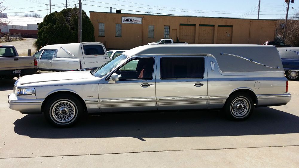 1997 Lincoln Town Car Federal Hearse ★。☆。JpM ENTERTAINMENT ...
