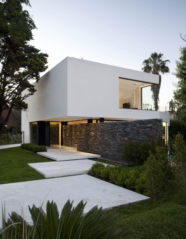 Dream Home Carrara House / Andres Remy Arquitectos / Buenos Aires.
