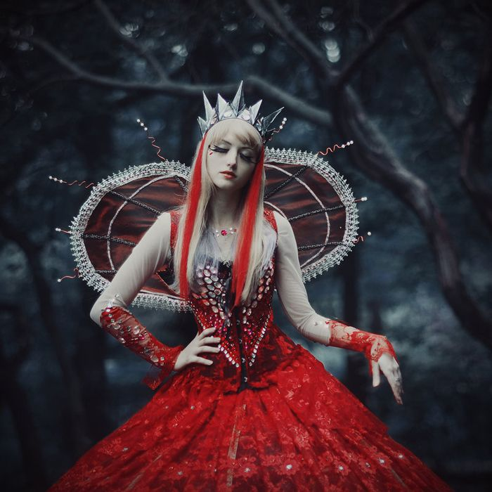 Vavalika, Red Queen cosplay