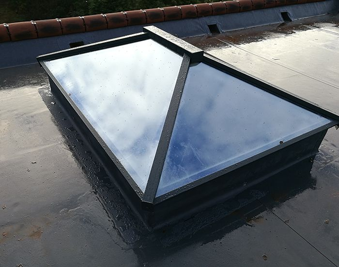 Aluminium Roof Lantern With Images Roof Lantern Aluminum Roof Fibreglass Roof
