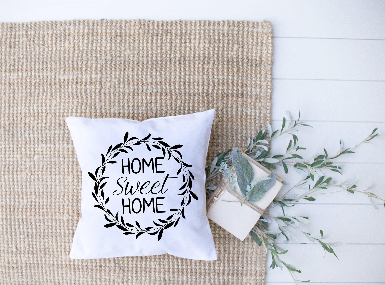 Home Sweet Home Wreath Pillow Cover // Farmhouse Home