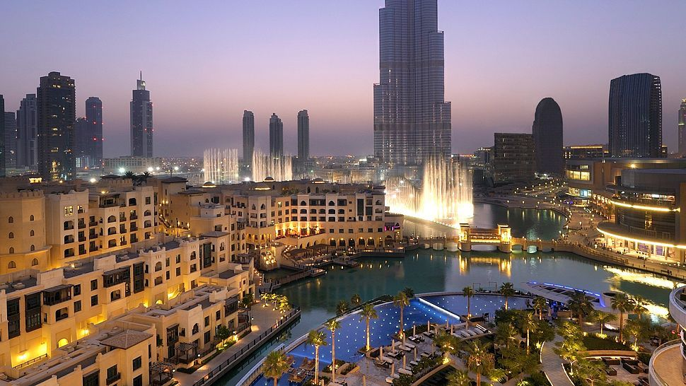The Palace Downtown Dubai A Luxurious Retreat In The Heart Of The City Dubai New York Travel Palace Hotel