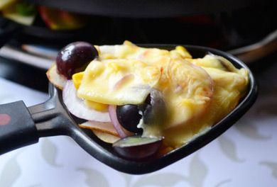 Raclette mit Trauben und Birne - Rezept