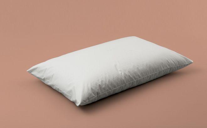 Cuscino Classico Cotone - Sostegno basso e compatto, per esigenze normali, con imbottitura naturale in falda di fresco cotone.