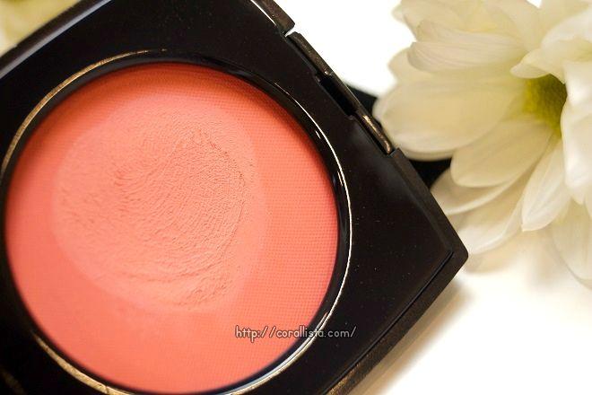 blush chanel corallista swatch creme