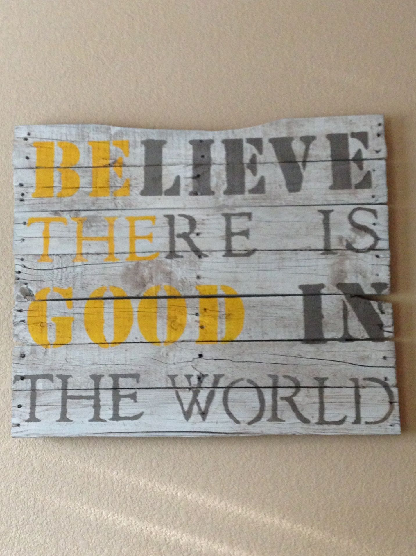 Bff Crafting Project Made Out Of A Pallet Crafting Pinterest