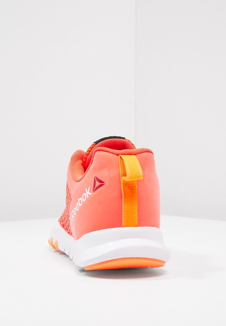 Reebok EVERCHILL TRAIN - Scarpe da fitness - atomic red/peach/white -  Zalando