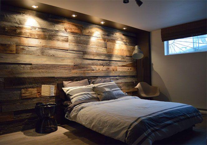 Mur En Bois De Grange Dans Une Chambre Chambre A Coucher