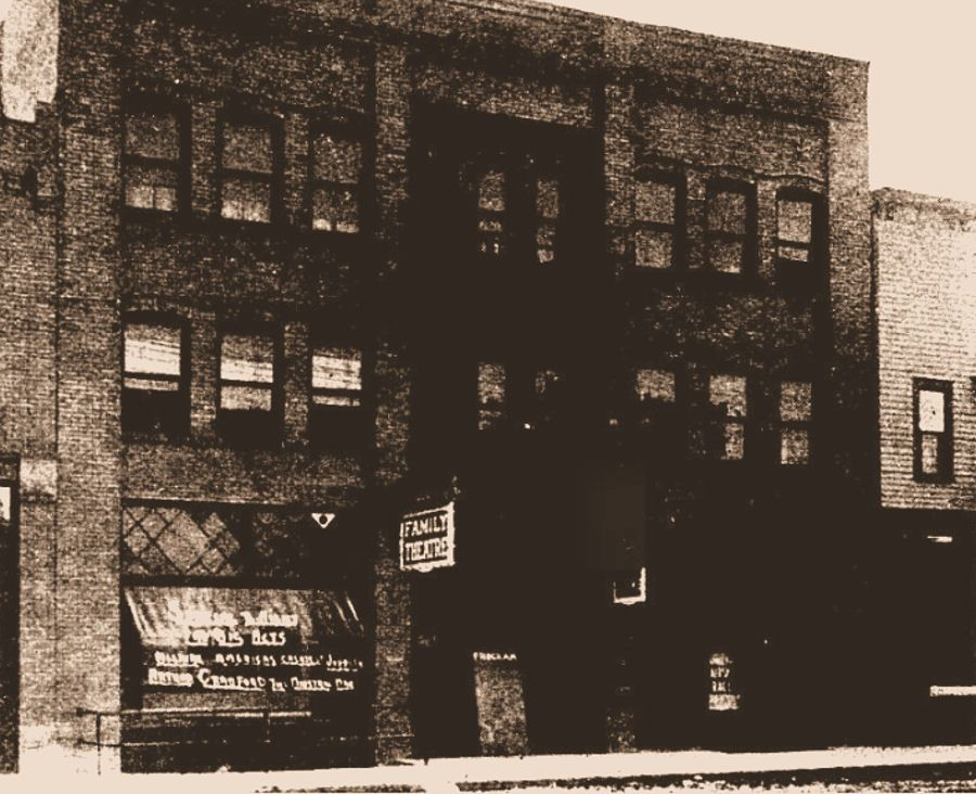 Brinkman Family Theater, Bemidji, Minn. 1909 Family