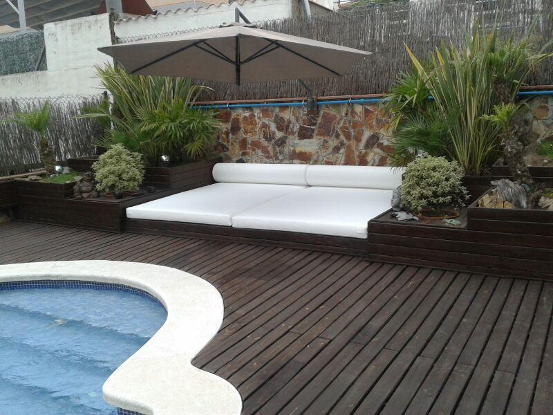 Colchonetas en polipiel espec fia de exterior con rulos de for Colchonetas para piscina