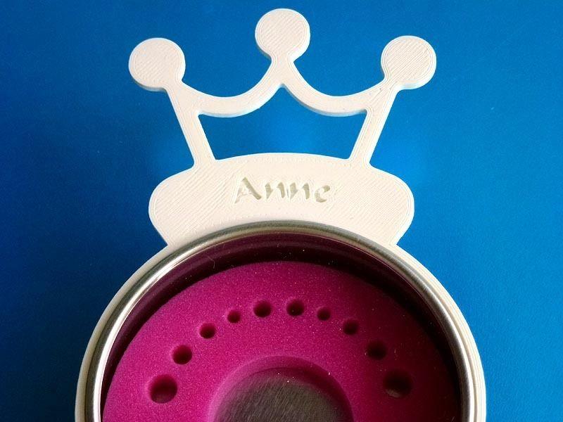 weiteres firsty round zahndose mit namen rosa ein. Black Bedroom Furniture Sets. Home Design Ideas