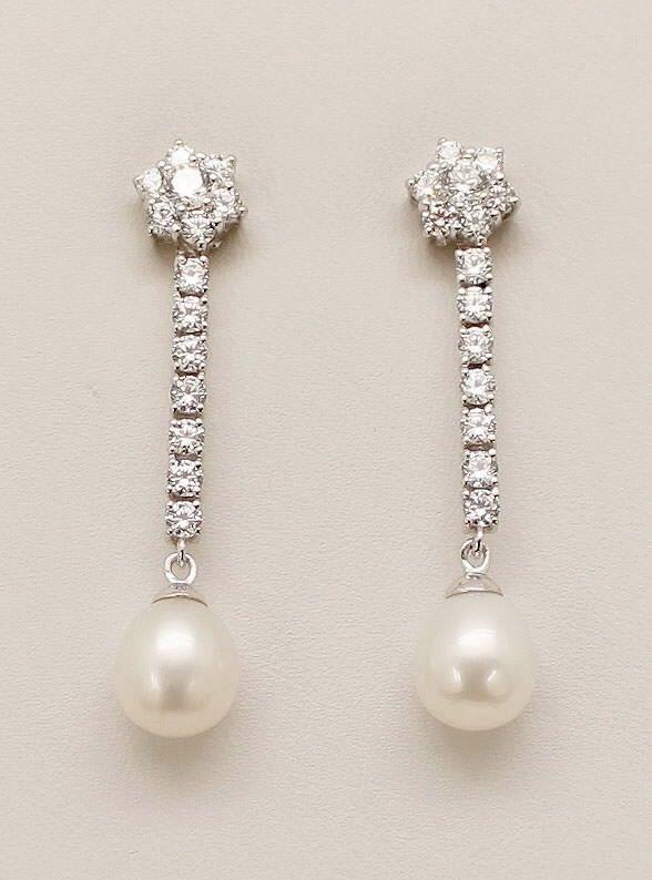 204fc75f00b3 Pendientes de novia plata con perla pera orla circonitas. Ref.  1613-PLPE