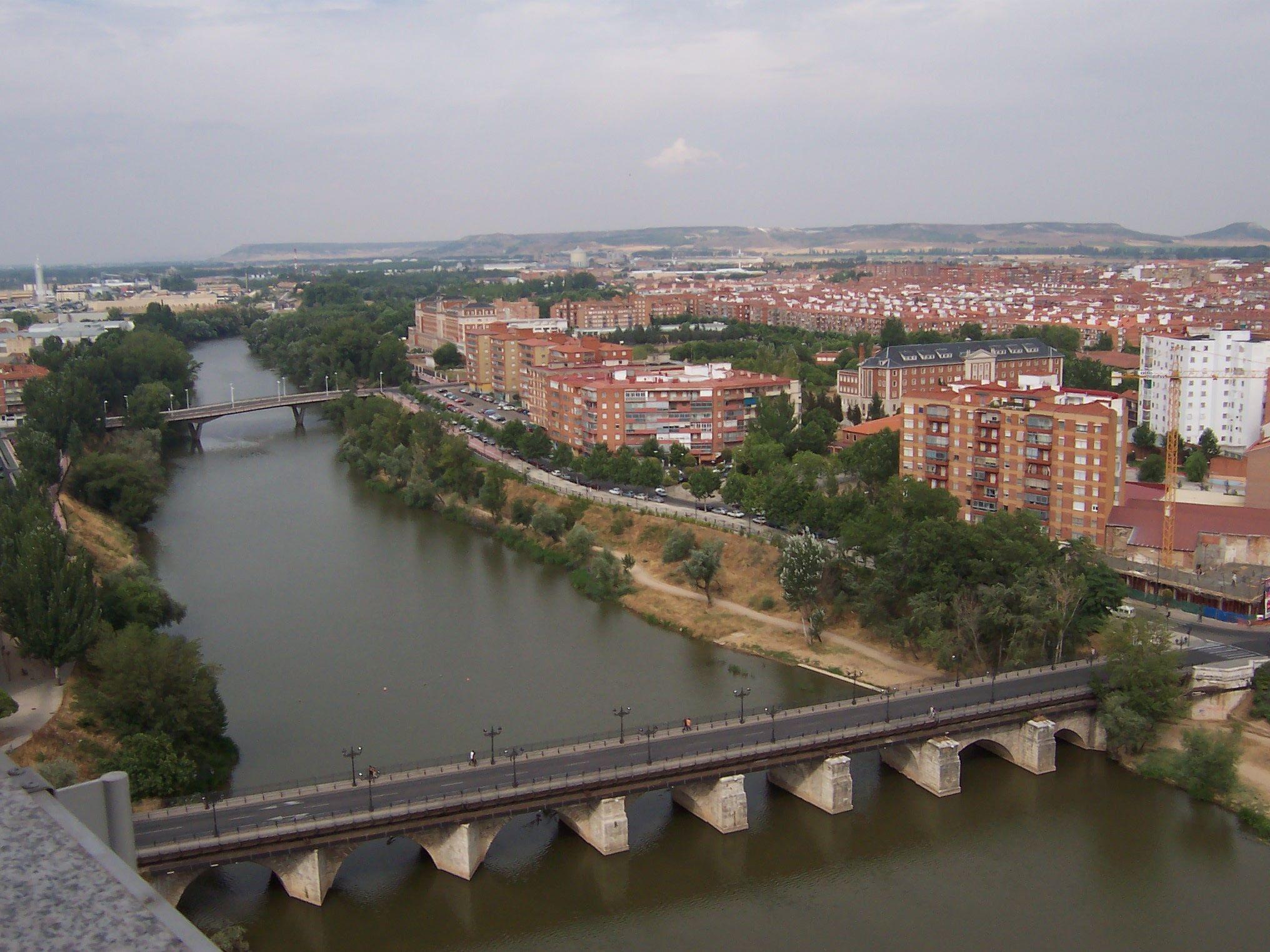Hector Sardon Escolar Clase 1º C Primaria El Rio Pisuerga Desde El