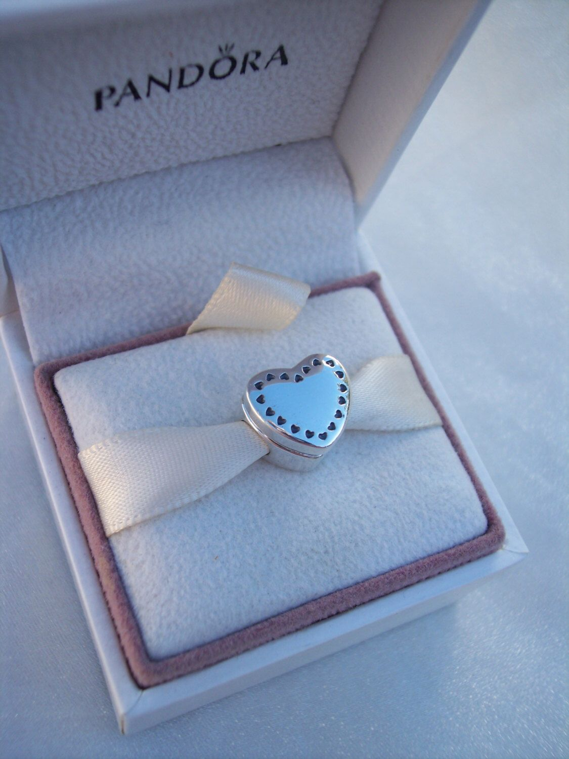 Authentic pandora gift from the heart 14k clear cz