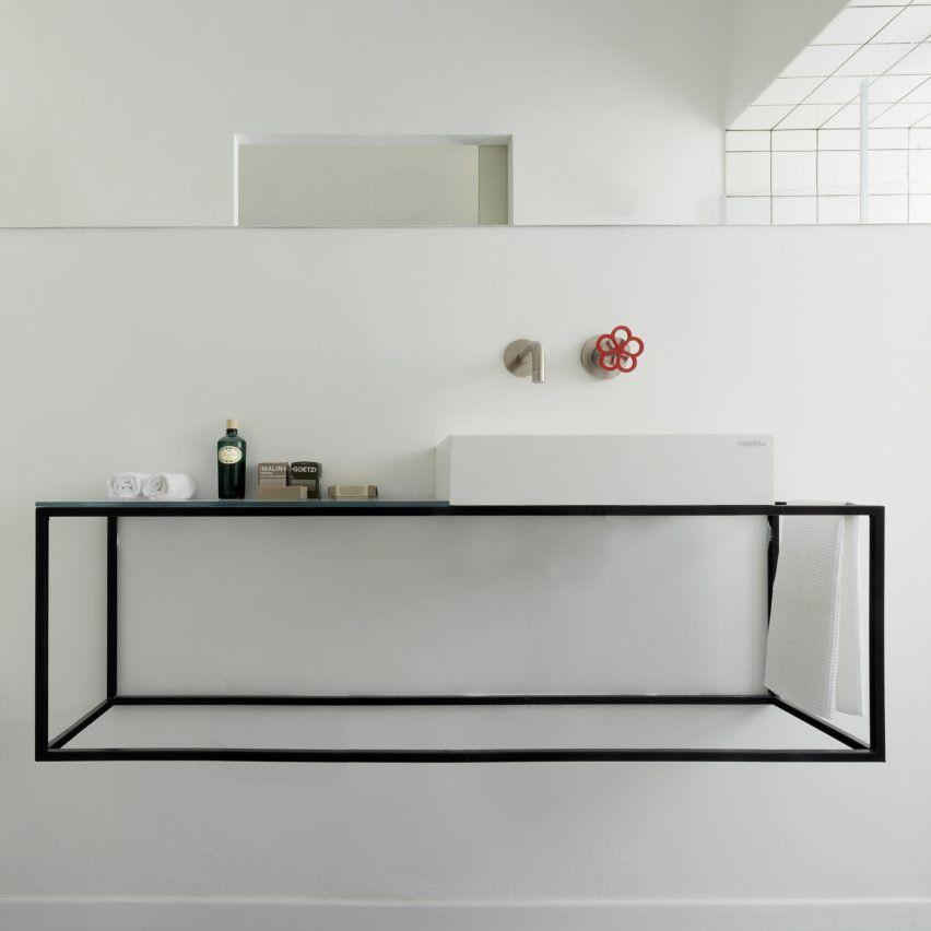 Ba o mueble de hierro ba os pinterest ba os cuarto for Muebles de bano bonitos