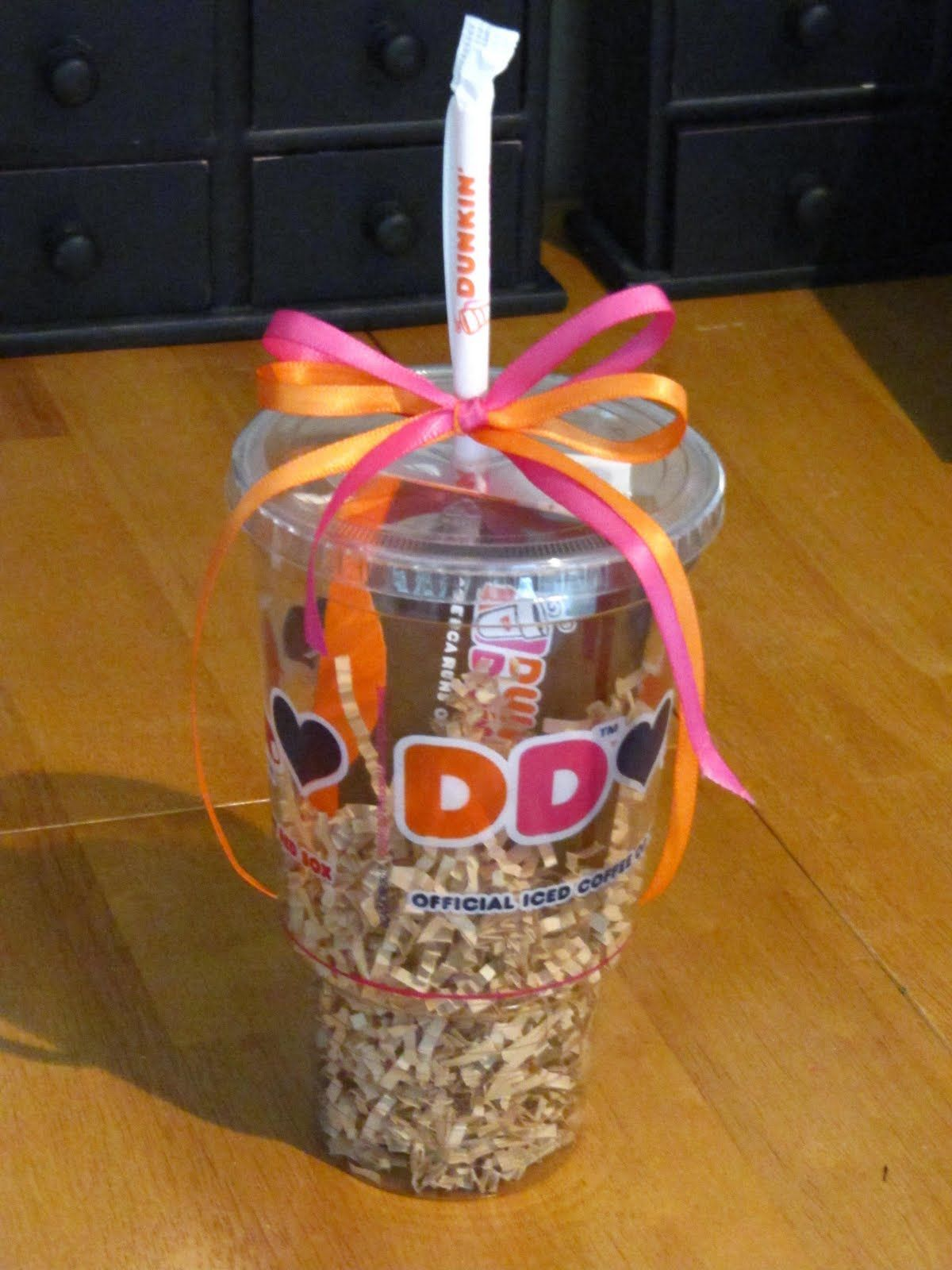 Great Gift Card Wrapping Idea For Your Starbucks Or Dunkin Donuts Gift  Cards From Raise Stuff The Card Inside, Or Hole Punch And Tie Around The  Straw!