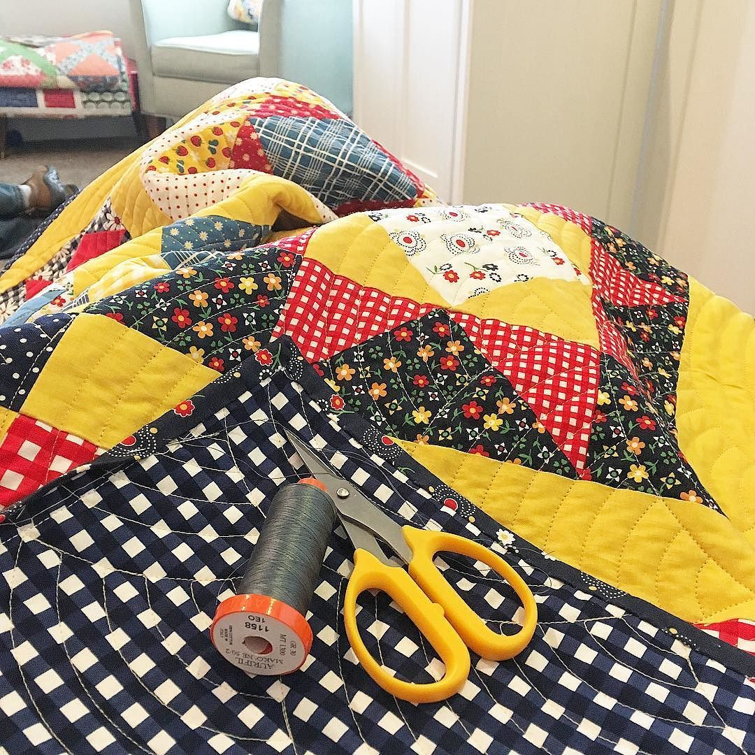 One of my favorite weekends of the year: binding quilts and ... : quilting weekends - Adamdwight.com