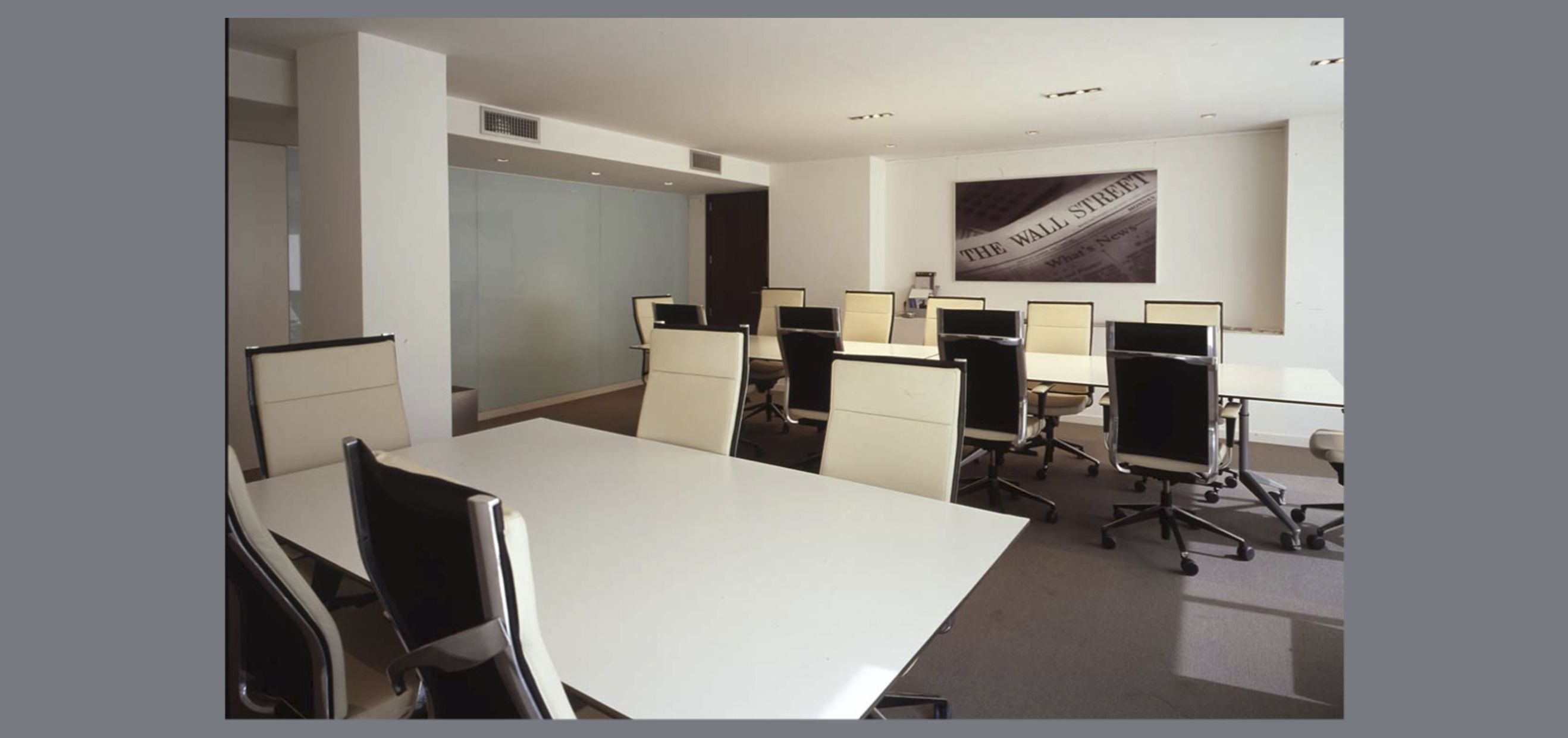 Ideas de sala de conferencias oficina estilo for Sala estilo contemporaneo