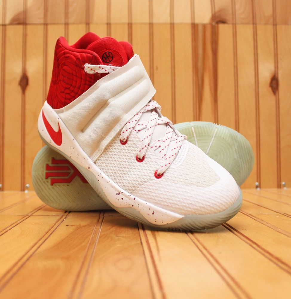 Ocultación vertical crisantemo  Nike Kyrie 2 Touch Factor Size 4.5Y - White University Red - 826673 166 # Nike #BasketballShoes | Nike kyrie, Nike, Kyrie