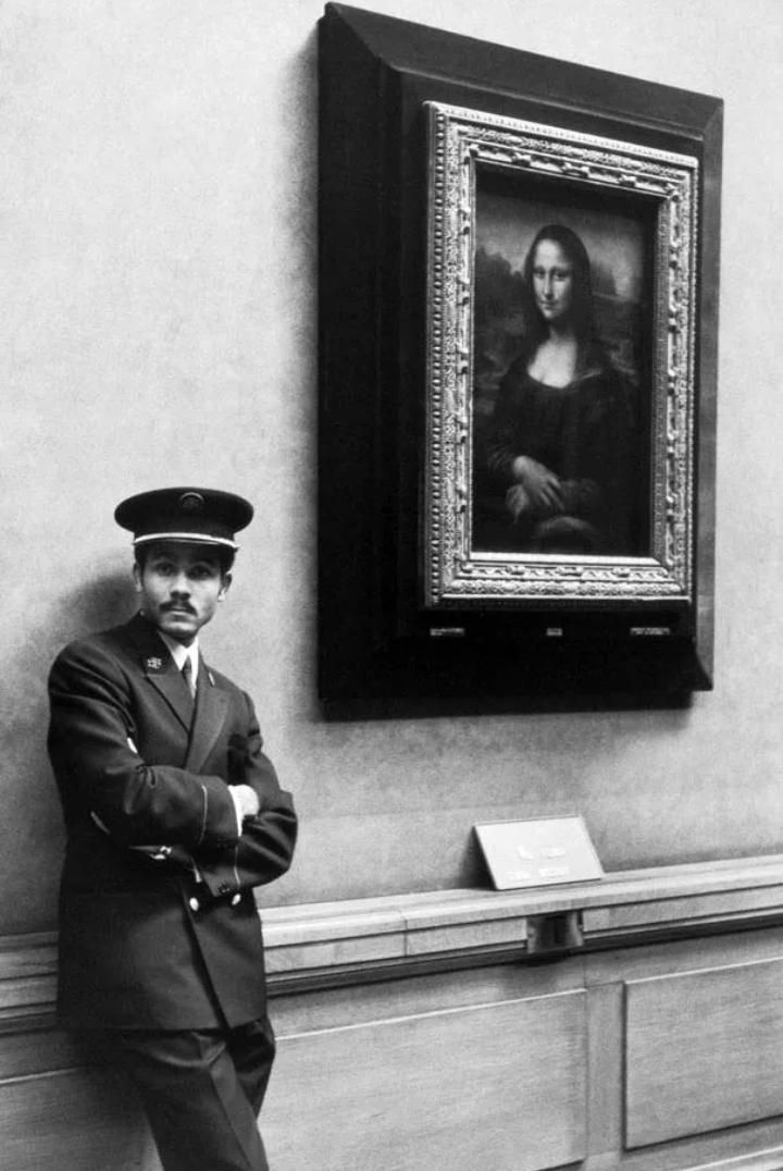 Alècio de Andrade #Louvre  #MuseumWeek  #photography