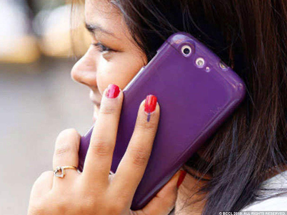 new DelhiTelecom services can be expensive by at least 10 percent for mobile users. According to industry estimates, Airtel and Vodafone will have to pay 10 percent of the gross revenue achieved in the next 7 months. The Supreme Court on Tuesday directed the telecom operators to pay 10 percent... The post tariff hike: will have to pay more money to talk on phone, plans can be expensive up to 27 percent – telecom services may get costlier soon as airtel and vodafone have to pay 10 percent o