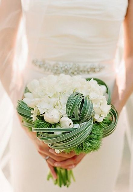 I love the arrangement of this bouquet