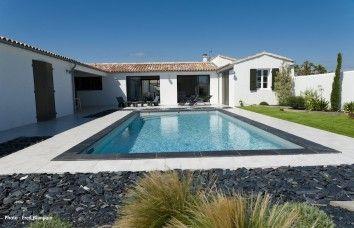 piscine contemporaine exterieur pinterest piscine enterr e enterr et fabricant de piscine. Black Bedroom Furniture Sets. Home Design Ideas