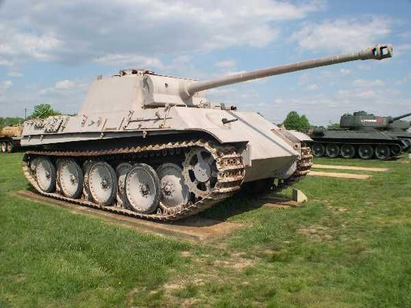 Panther tank Panzerkampfwagen V Sd.Kfz. 171 | World War Photos