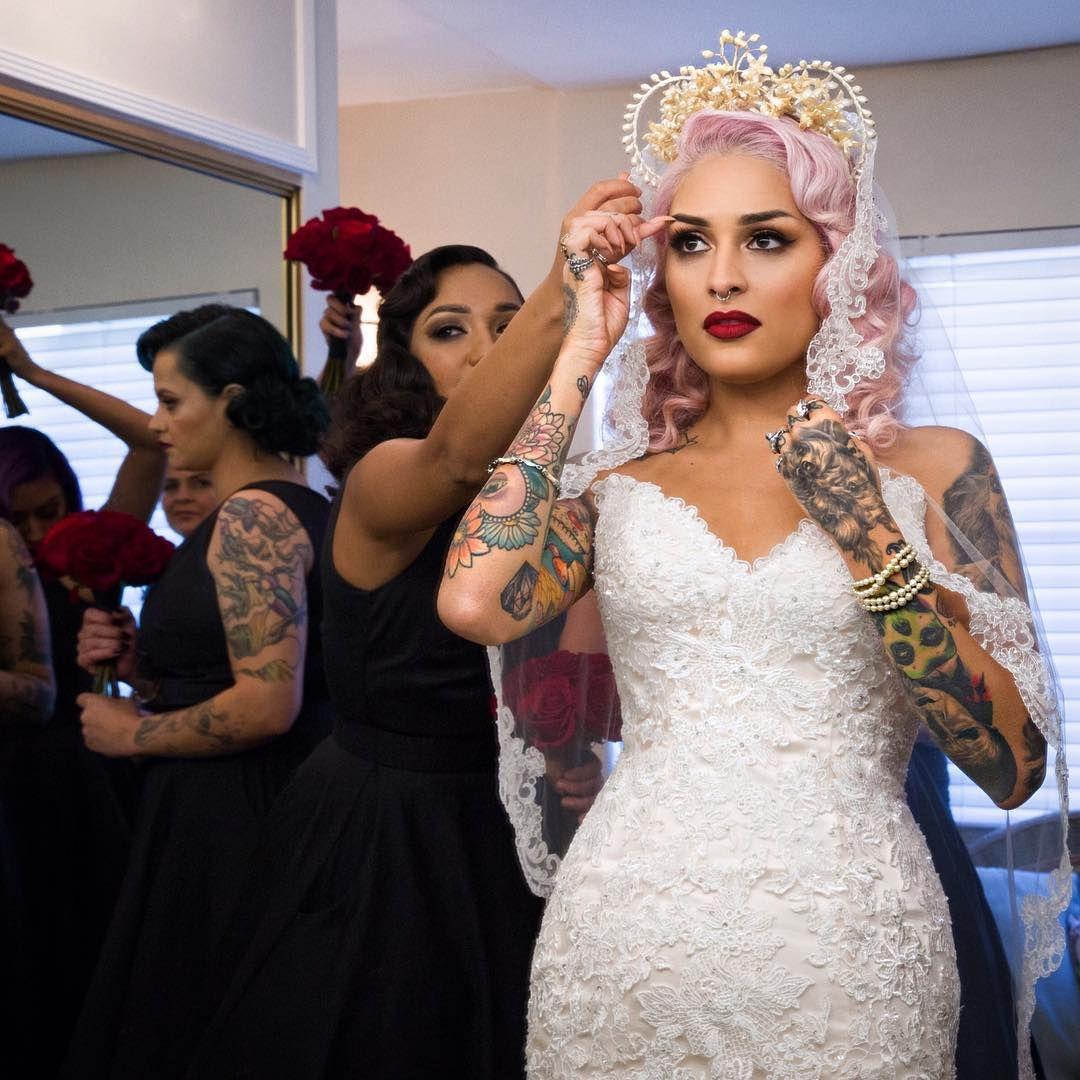 Buzzfeed Application See How One Latina Bride S Dia De Los Muertos Inspired Wedding Was Better Than Anyone S Bride Wedding Inspiration Wedding Dresses