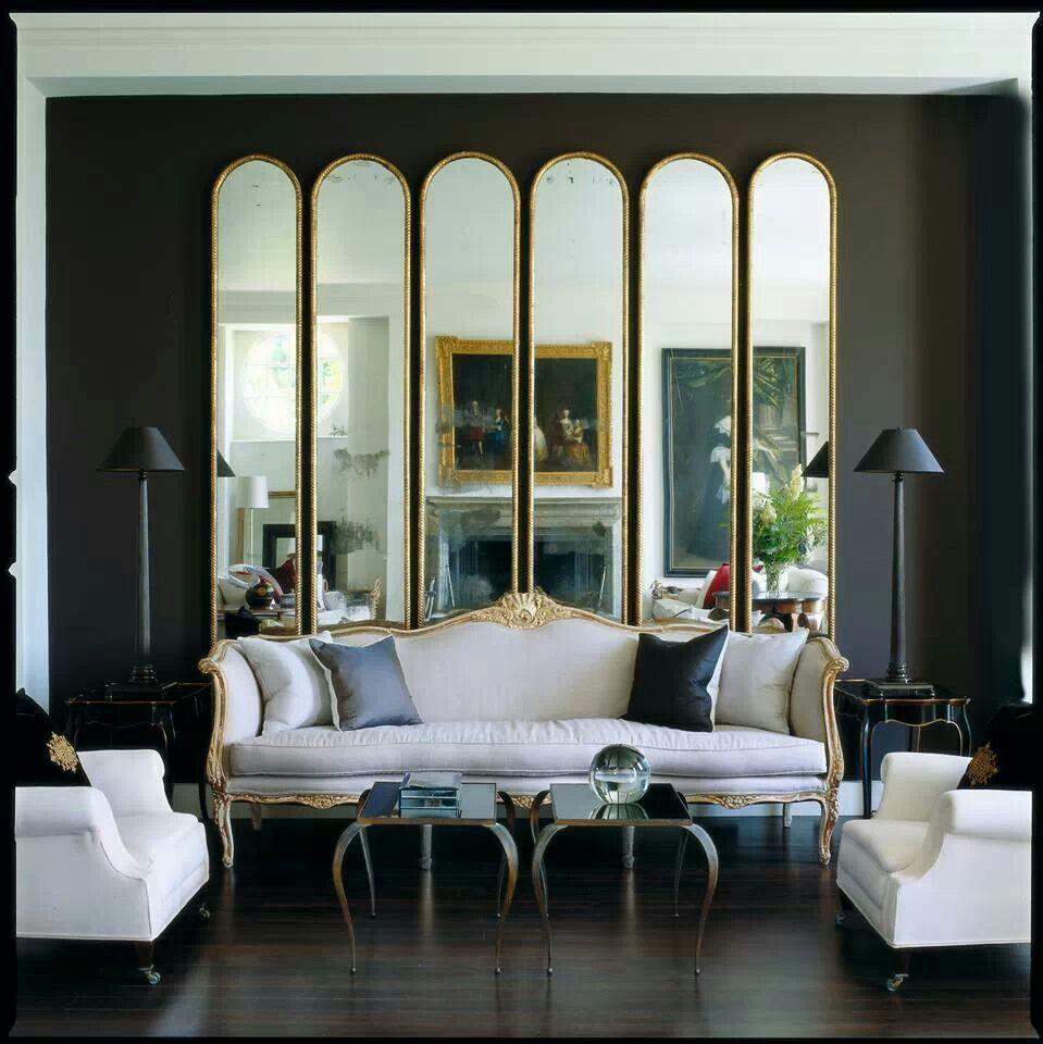 j 39 aime la s rie de miroir derri re le canap la sym trie. Black Bedroom Furniture Sets. Home Design Ideas
