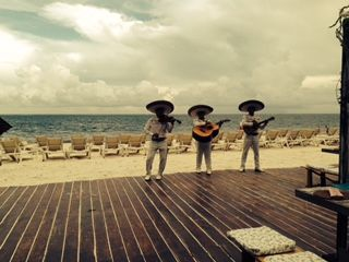 Mexico Beach Wedding, complete with a Mariachi! Contact Vacations For Less, Inc. http://www.vfldestinationweddings.com/
