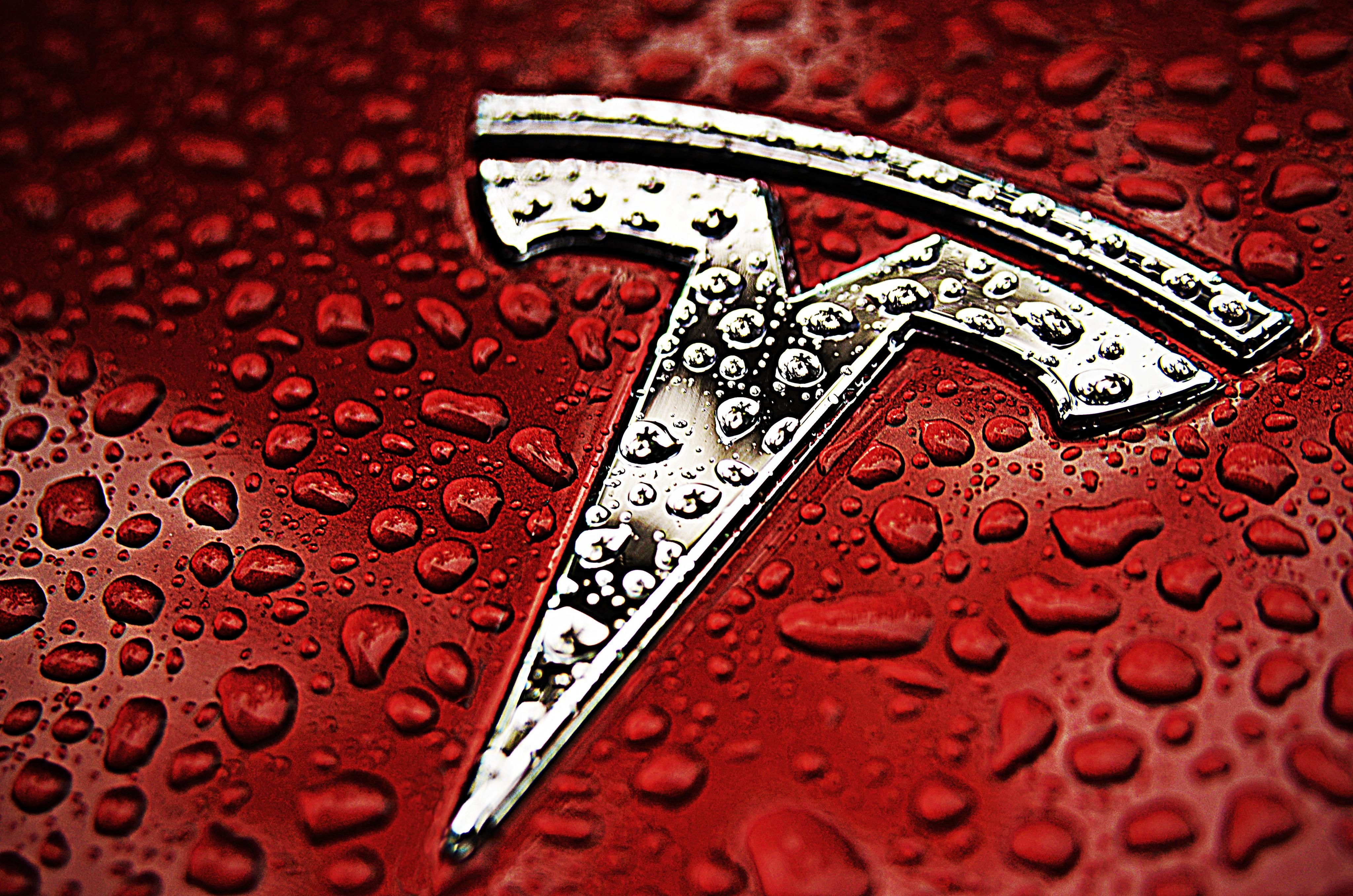 With the model S now making its way onto the streets with