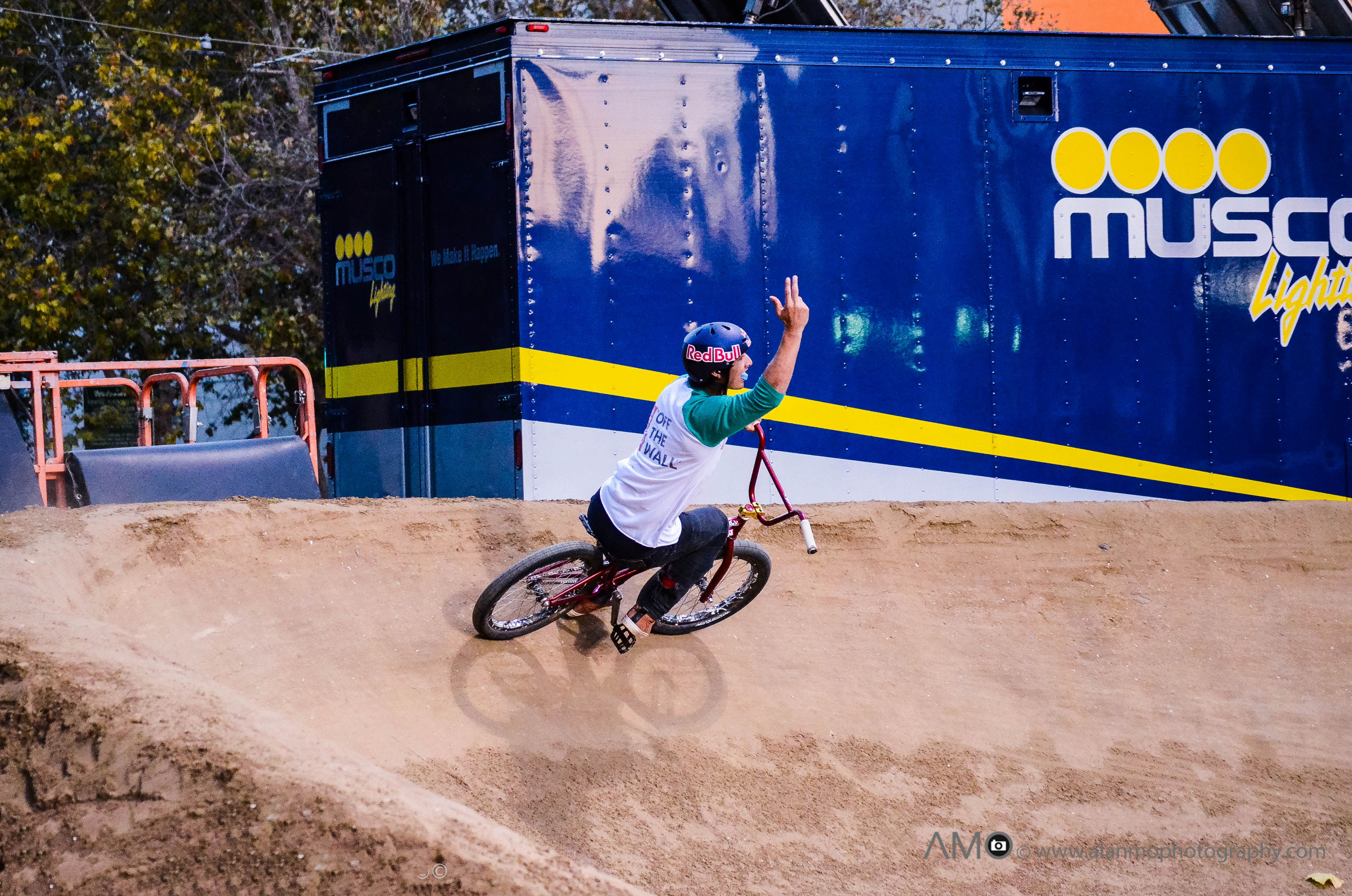 BMX Dirt | Action sports photography, Sports photography ...