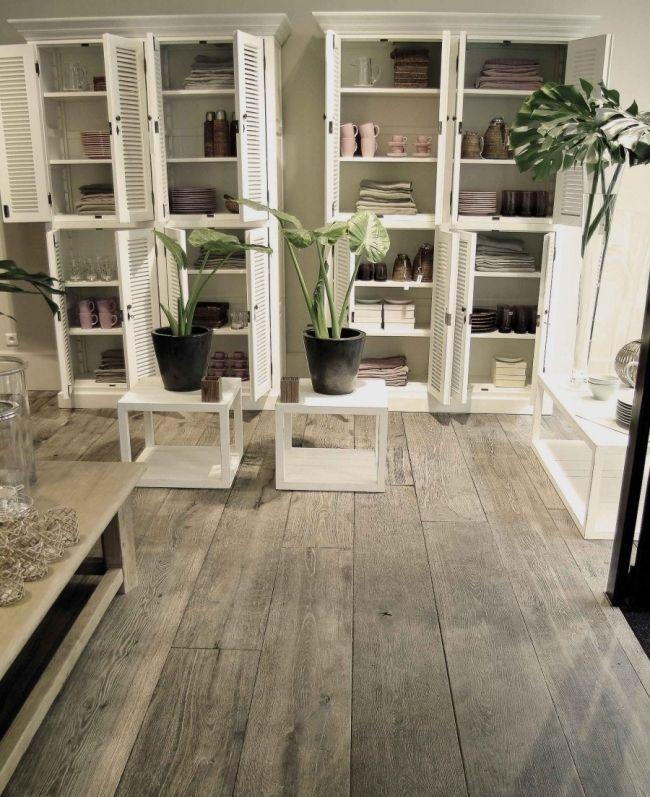 Parquet vieilli parquets et terrasses du monde floors for Carrelage vs parquet