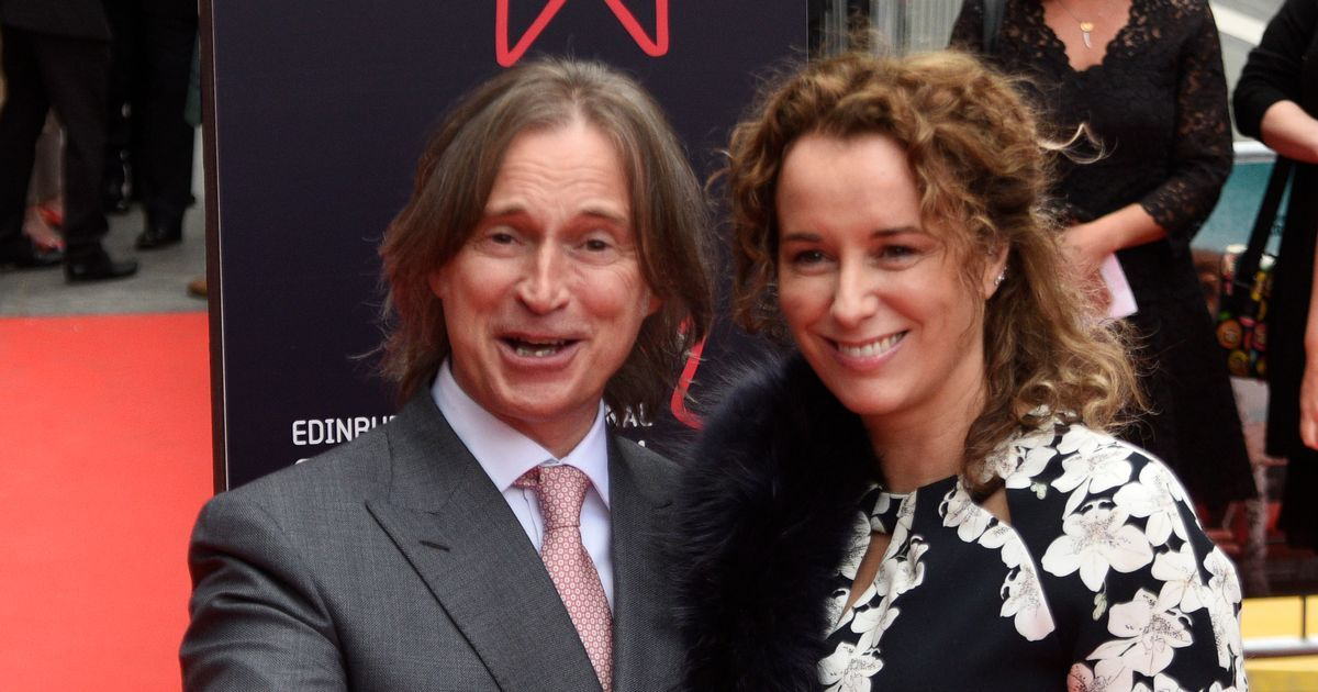 Robert Carlyle says he was nearly chucked out of drama