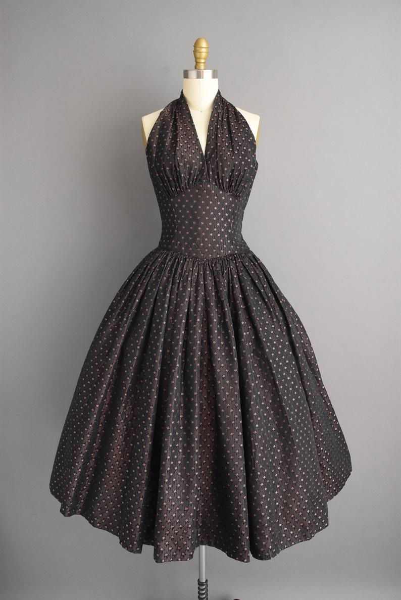 Vintage 1950s Dress Gorgeous Sweeping Full Skirt Halter Cocktail Dress Small 50s Dress Vintage 1950s Dresses Vintage Dresses 50s 1950s Dress [ 1188 x 794 Pixel ]