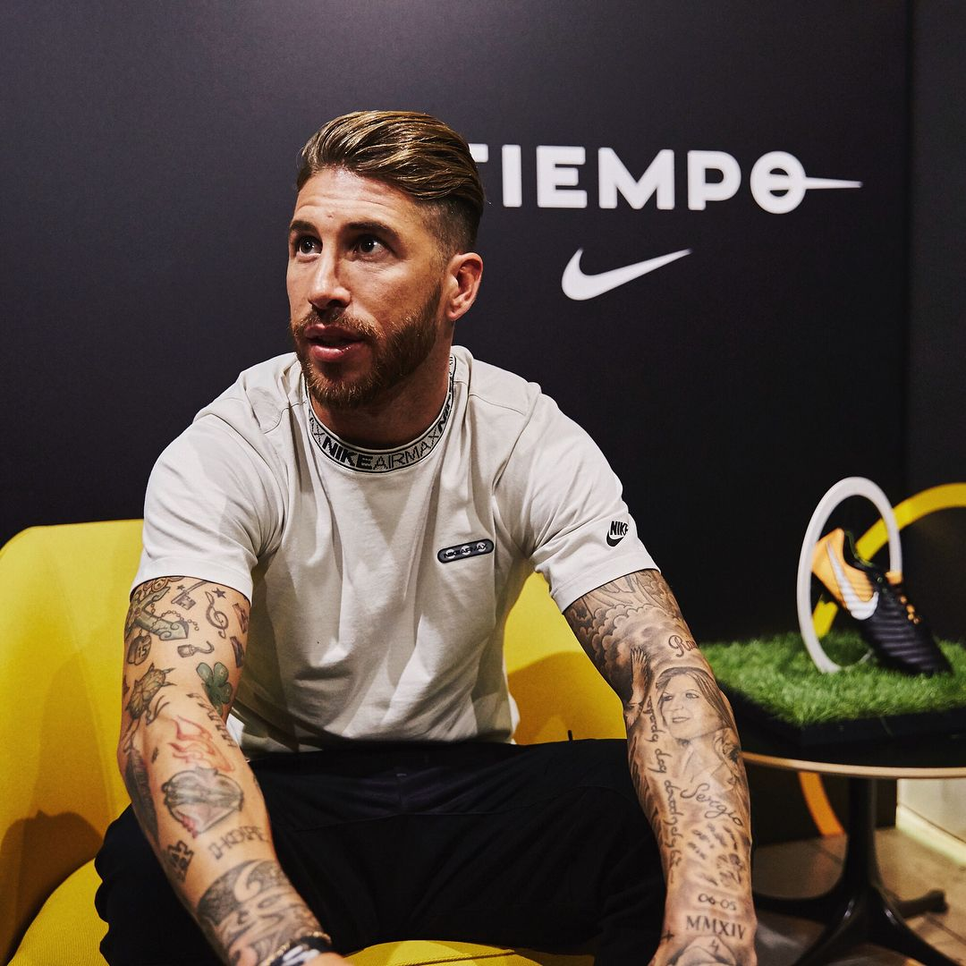 instalaciones Ascensor George Bernard  Tiempo touchdown Madrid. Sergio Ramos arrives back in town to launch the  new Nike Tiempo Legend 7. #soccerbible #nike #tiempo #ra… | Sergio ramos,  New nike, La liga