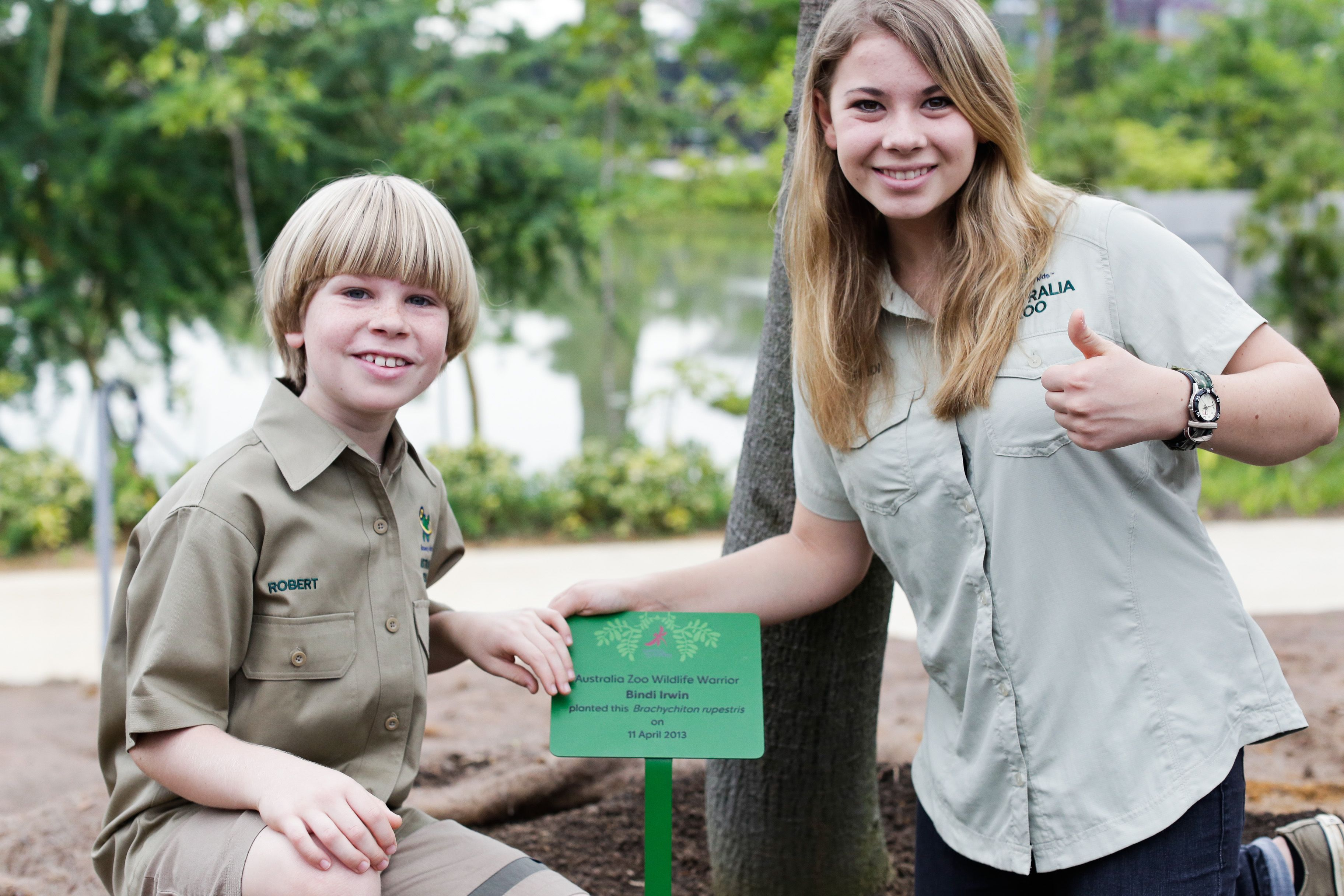 At only fourteen years old, Bindi Irwin exudes her father ...