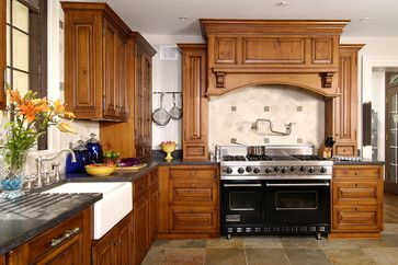 Wood Range Hood Cover Design Ideas Pictures Remodel And Decor Kitchen Design Traditional Kitchen Design Kitchen Decor