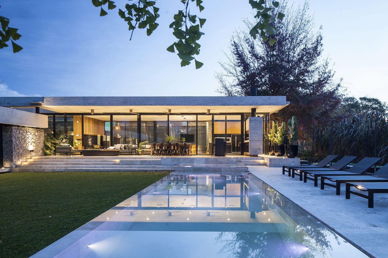 Gallery Of Bt House Estudio Jorgelina Tortorici Arq 26 Architect House House Designs Exterior Best Modern House Design