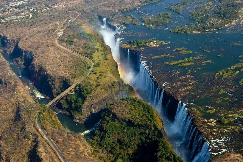شلالات فيكتوريا ... زيمبابواي