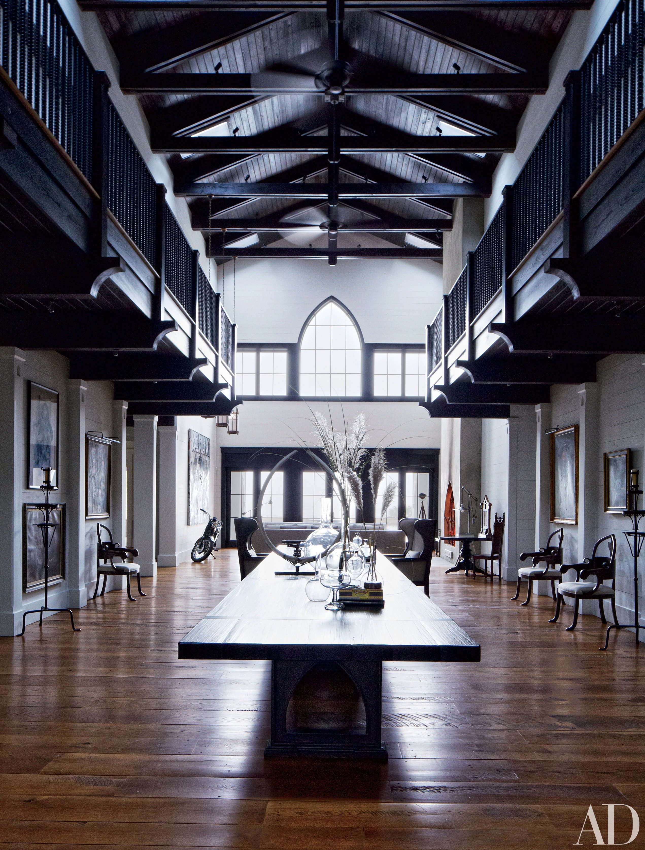 19 Gorgeous Rooms With Double Height Ceilings Island House Architectural Digest Architecture