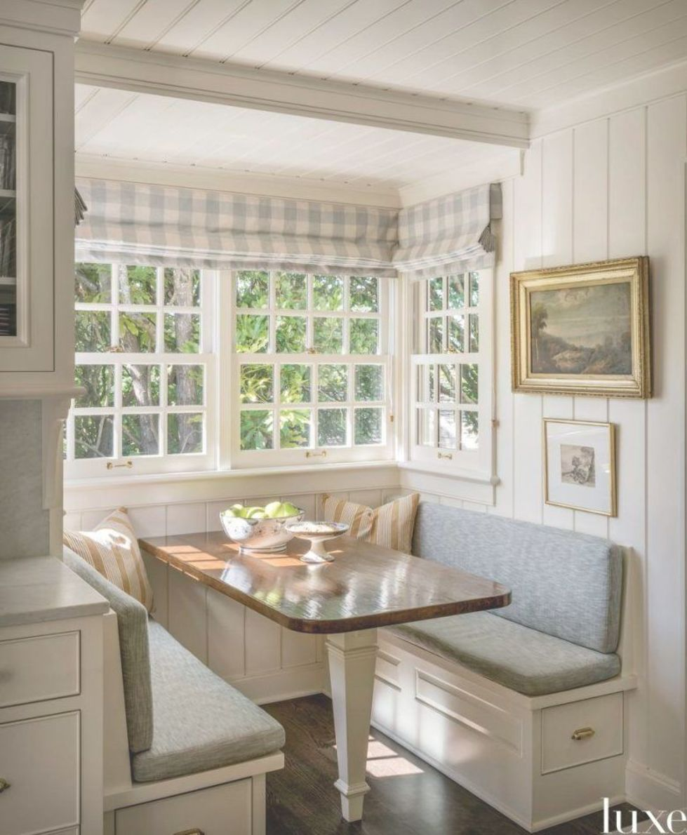 Check Out This Bright And Cheery Breakfast Nook In A Timeless And Classic Home In Seattle Shopmattielu Class Home Kitchens Classic Home Decor Kitchen Design