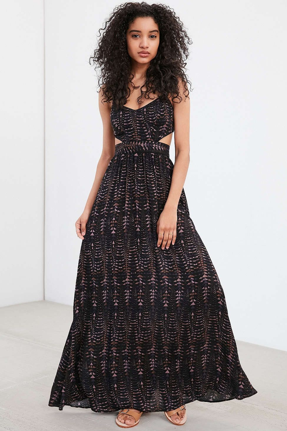 Ecote Hannah Strappy Back Maxi Dress Dresses Urban Dresses Maxi Dress [ 1463 x 975 Pixel ]