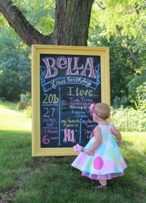 So cute: Write current info and likes on a blackboard each birthday and take pictures with your child by janis