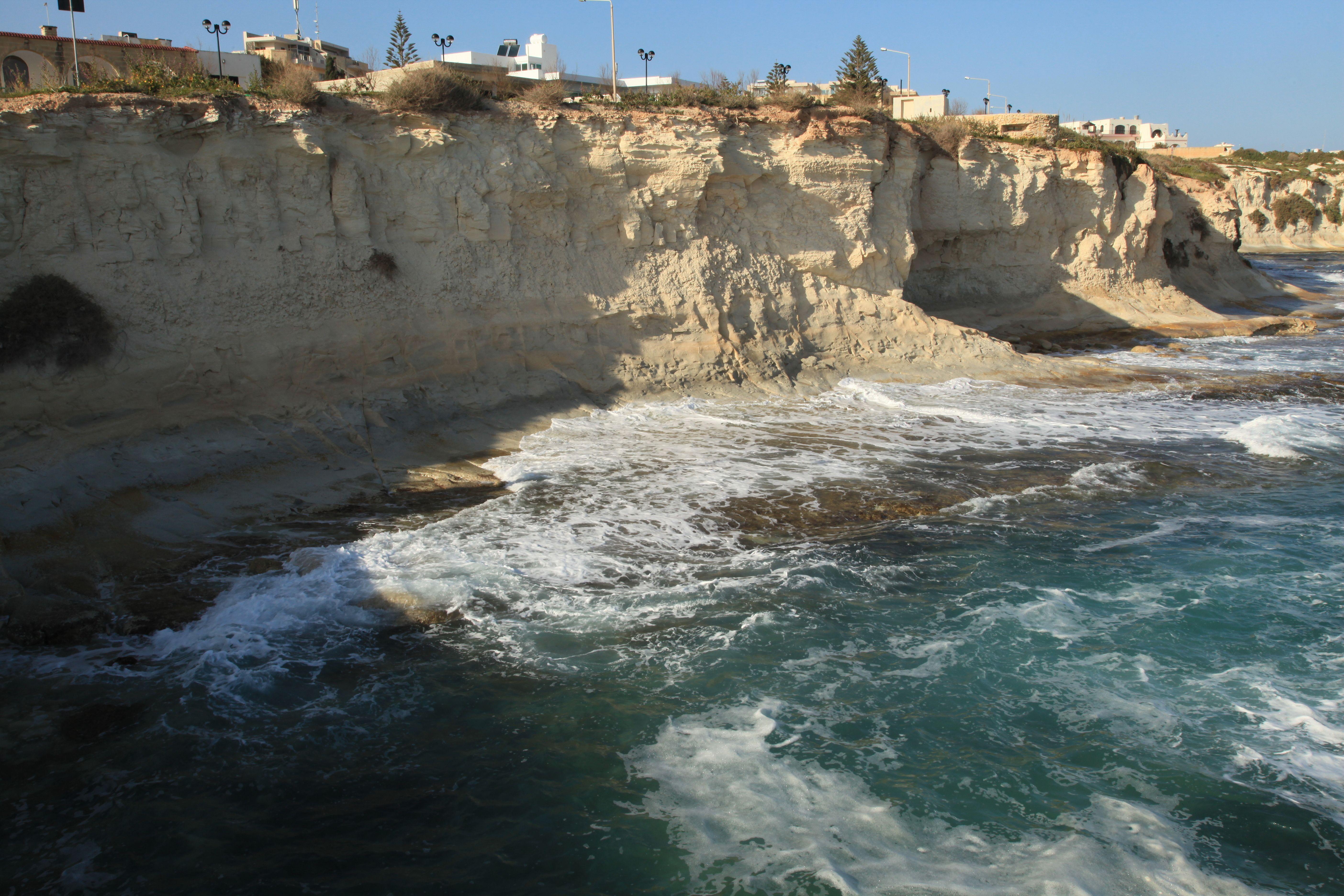 Malta_-_Marsaskala_-_St._Thomas_Bay_(Gnien_il-Bajja_ta'_San_Tumas)_08_ies.jpg 5.616×3.744 Pixel