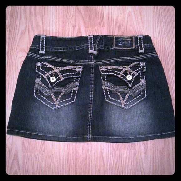 Hydraulic Jean Skirt Never worn. Super cute! Hydraulic Skirts Mini